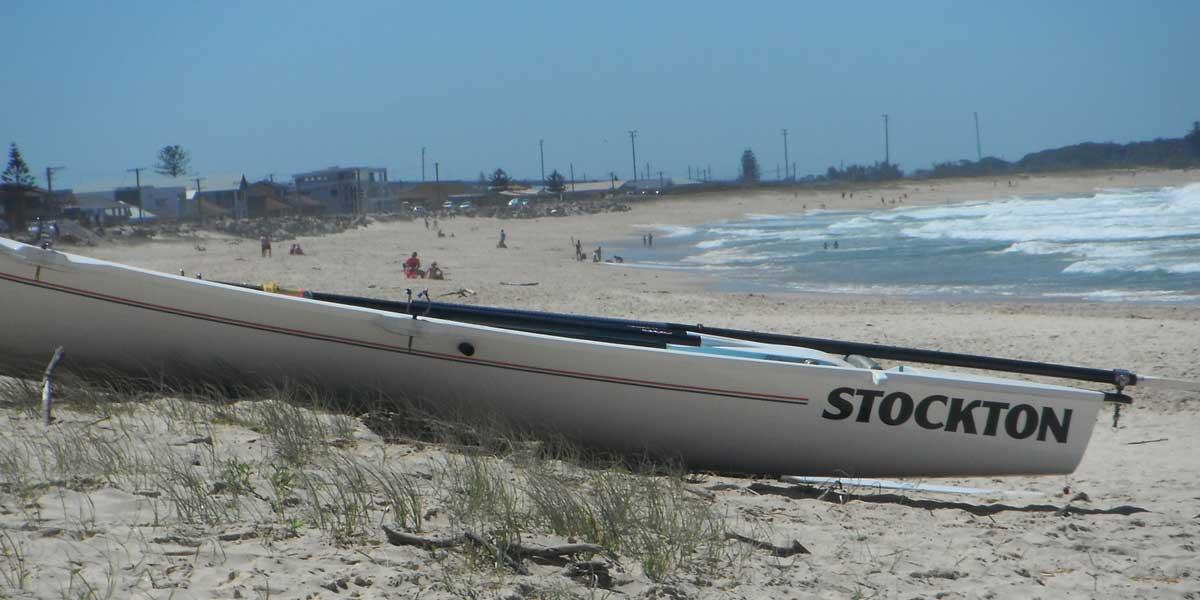 Stockton Beach House - 32km of beach